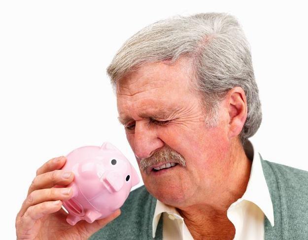 Wkrótce renty będą wyższe od emerytur /©123RF/PICSEL