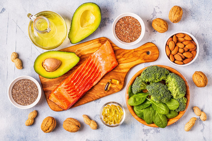 Włącz do diety kwasy omega-3 /123RF/PICSEL
