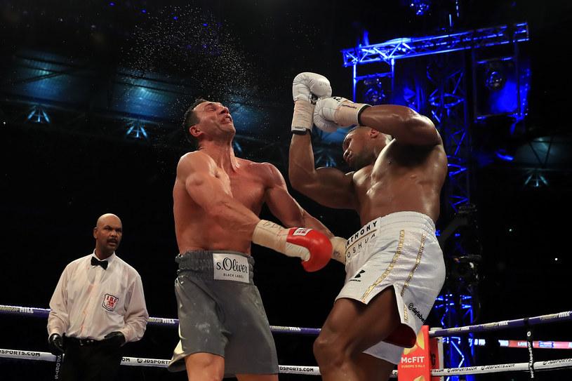 Władimir Kliczko w walce z Anthonym Joshuą /Richard Heathcote /Getty Images