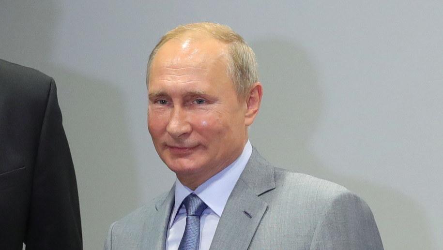 Władimir Putin cieszy się większym zaufaniem niż Donald Trump /EPA/MICHAEL KLIMENTYEV/SPUTNIK/KREMLIN POOL /PAP/EPA