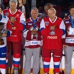 Władimir Putin gwiazdą hokeja na lodzie? Zobacz, jak poradził sobie prezydent Rosji