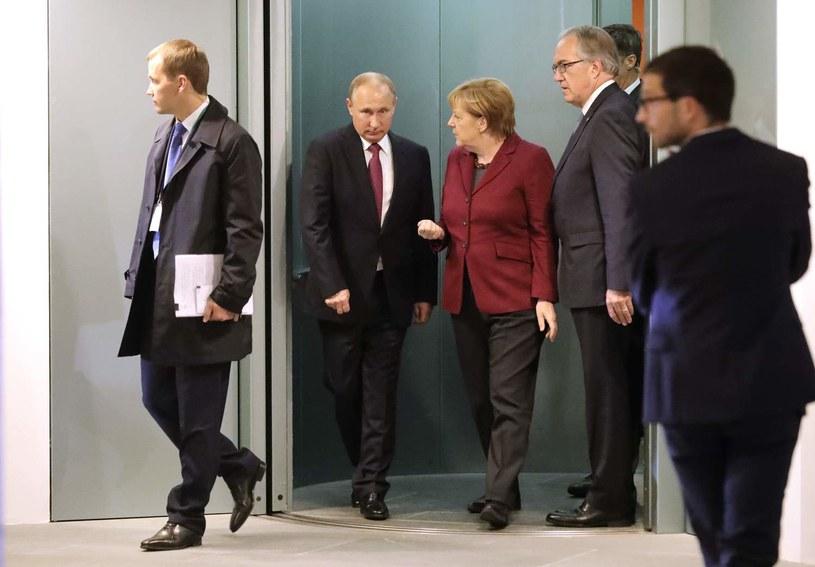 Władimir Putin i Angela Merkel - zdjęcie z października 2016 roku /AFP