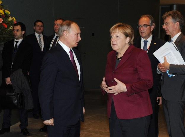 Władimir Putin i Angela Merkel /MICHAEL KLIMENTYEV / SPUTNIK / KREMLIN POOL /PAP/EPA
