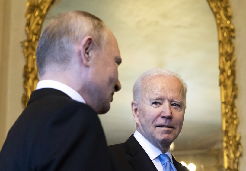 Władimir Putin i Joe Biden w Genewie /PAP/EPA/PETER KLAUNZER /PAP