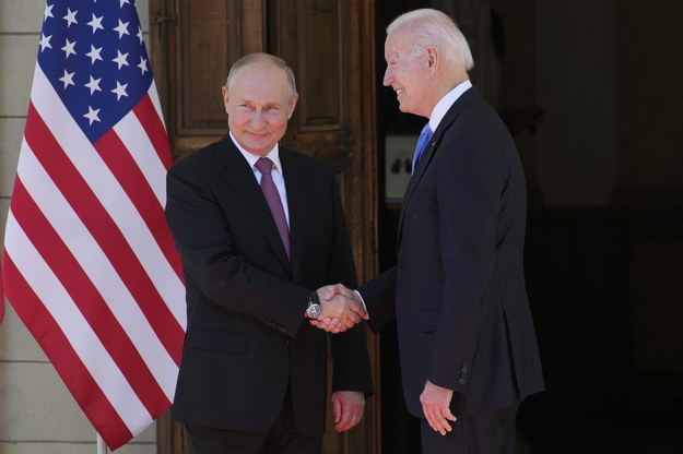 Władimir Putin i Joe Biden /ALEXANDER ZEMLIANICHENKO /POOL /PAP/EPA