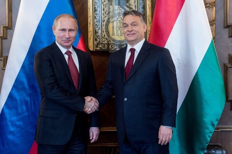 Władimir Putin i Viktor Orban /AFP