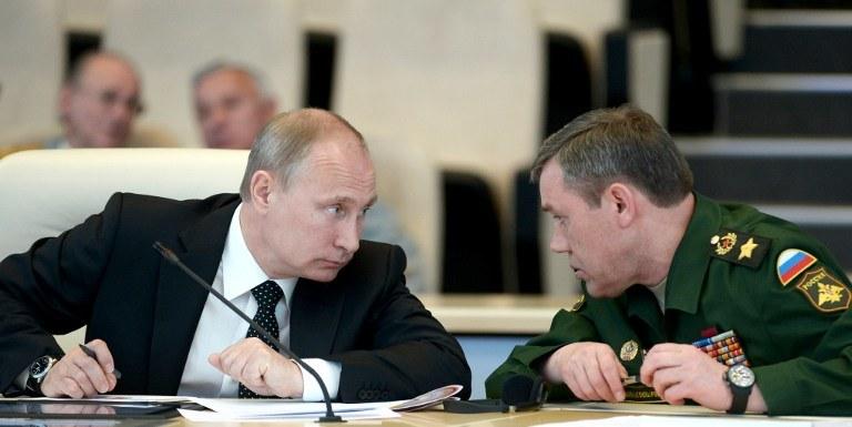 Władimir Putin i Walery Gierasimow /AFP