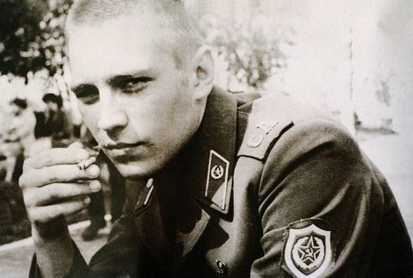 Władimir Putin (kliknij w zdjęcie, żeby zobaczyć więcej archiwalnych fotografii) /Laski Diffusion /East News