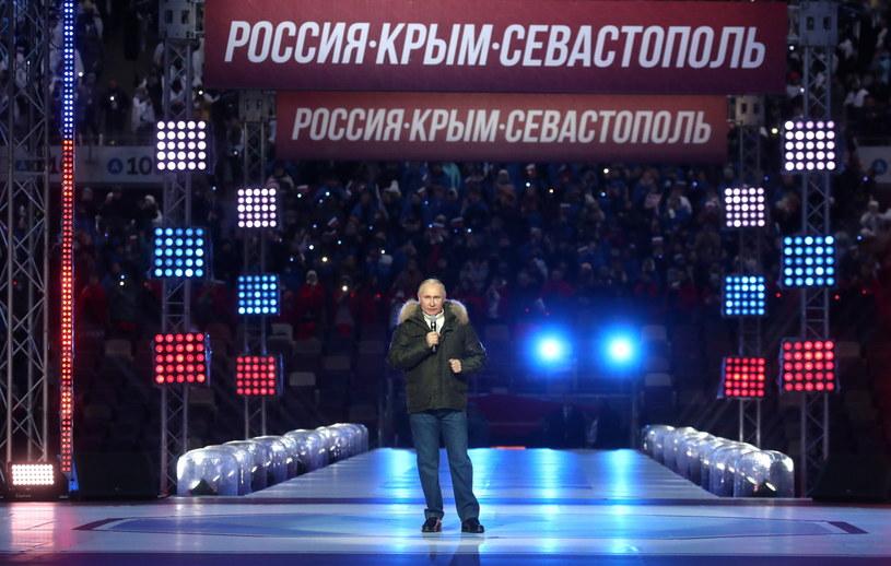 Władimir Putin na koncercie z okazji rocznicy aneksji Krymu. /Vyacheslav Prokofyev /PAP/EPA
