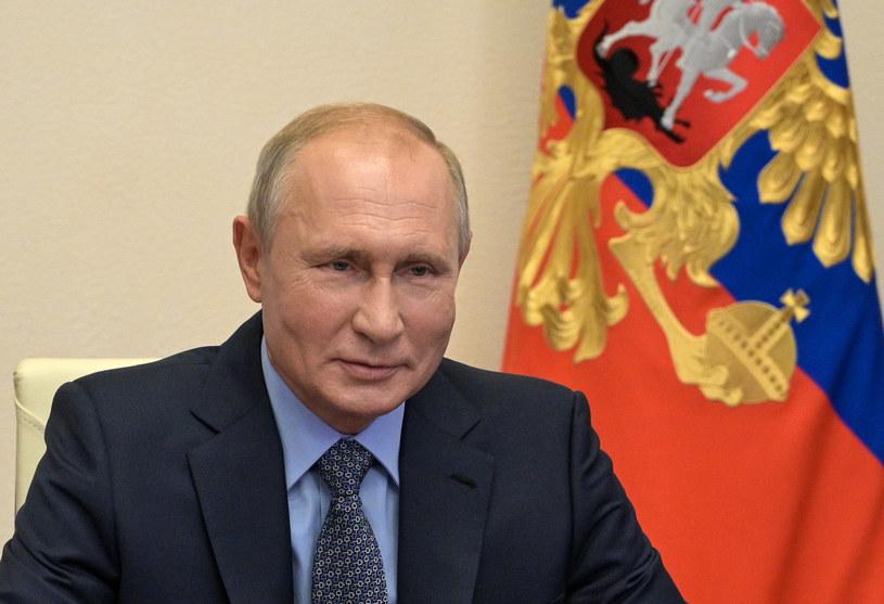 Władimir Putin ogłasza zwycięstwo nad COVID-19 /AFP