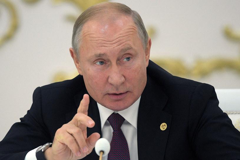 Władimir Putin: Rosja będzie pracować nad pociskami średniego zasięgu /SPUTNIK ALEXEY DRUZHININ /AFP