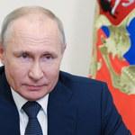 """Władimir Putin: Rosja """"wybije zęby"""" wszystkim, którzy spróbują """"coś odgryźć"""""""