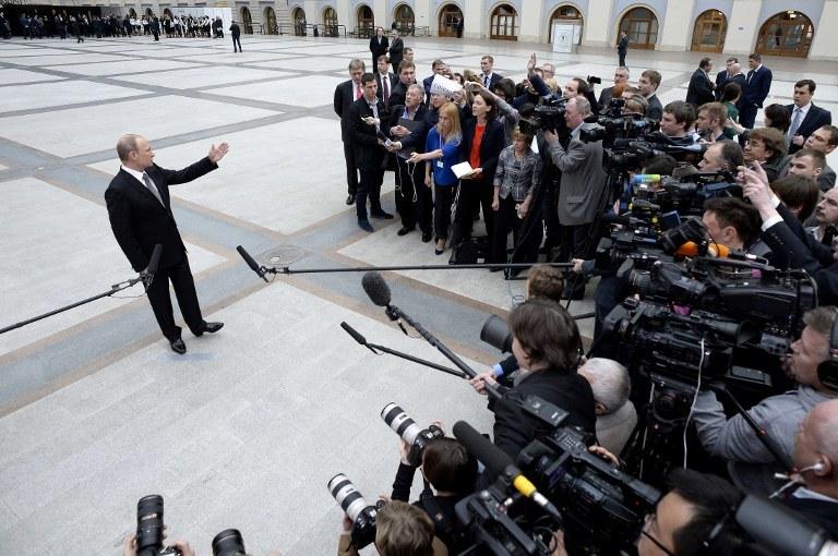 Władimir Putin w trakcie konferencji /ALEXANDER NEMENOV /AFP