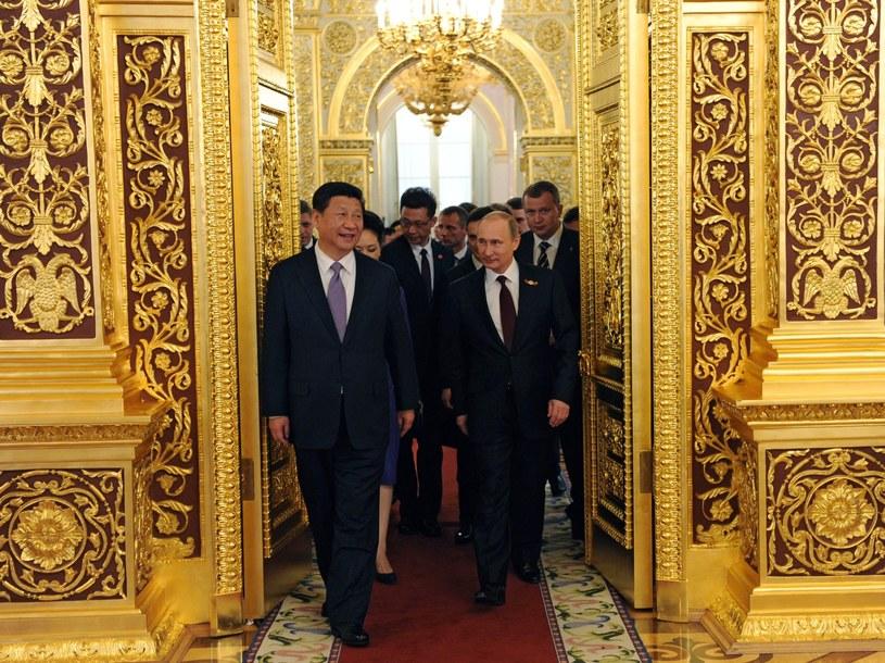 Władimir Putin wita zagranicznych gości na Kremlu /PAP/EPA
