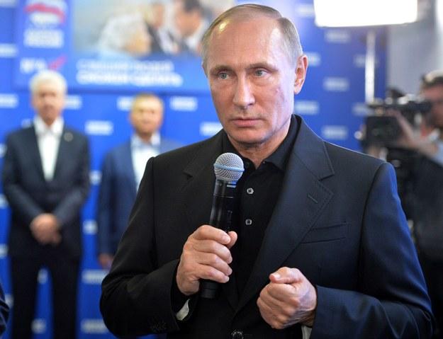 Władimir Putin zwalnia tysiące funkcjonariuszy MSW /AFP