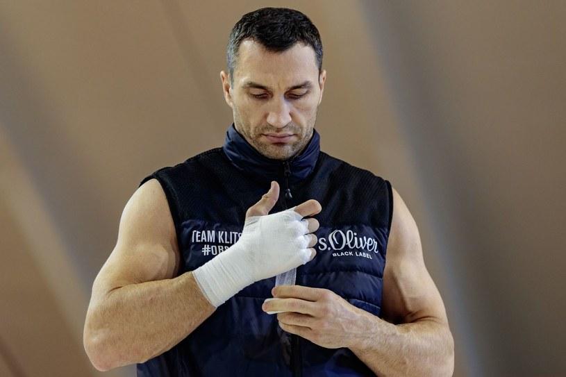 Władymir Kliczko przygotowuje się do walki z Anthonym Joshuą /AFP