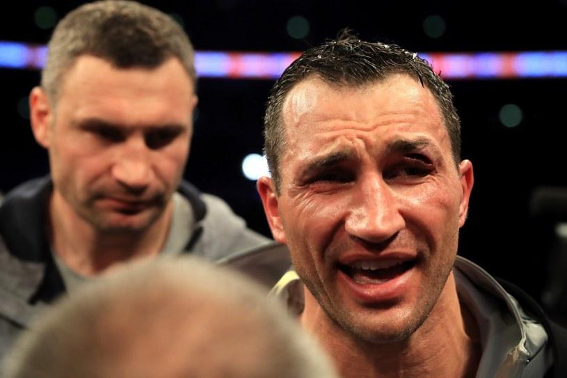 Władymir Kliczko zakończył walkę z trzycentymetrową raną na łuku brwiowym /Getty Images