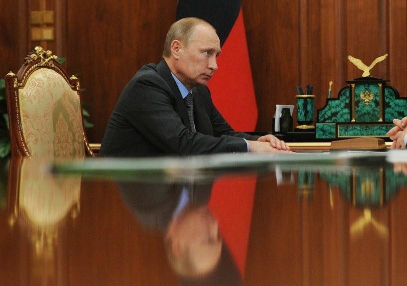 Władymir Putin szykuje odpowiedź na sankcje. /AFP