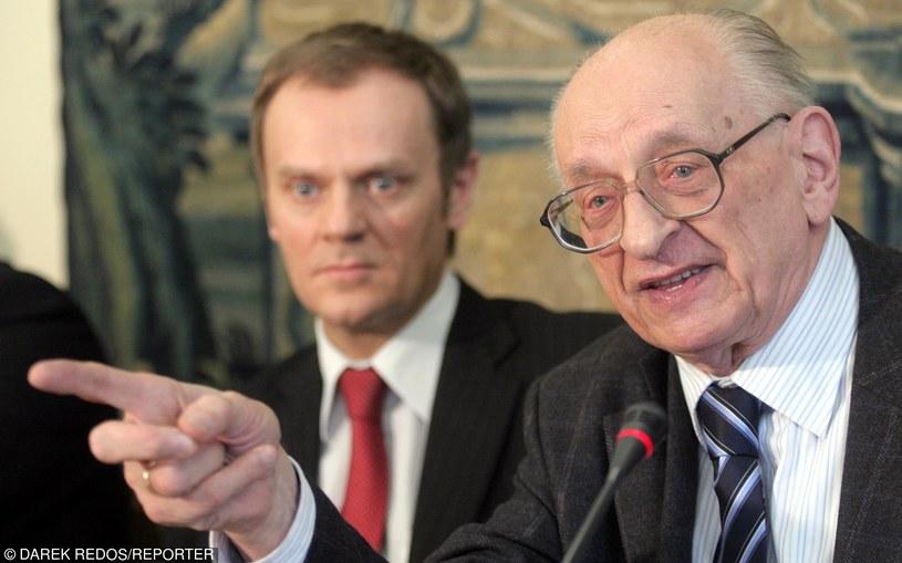 Władysław Bartoszewski i Donald Tusk /Redos/REPORTER /East News