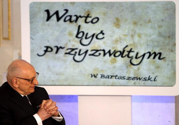 Władysław Bartoszewski, pełnomocnik premiera ds. dialogu międzynarodowego, historyk, więzień Auschwitz, żołnierz AK zmarł 24.04.2015 r. w wieku 93 lat /Bartłomiej Zborowski /PAP