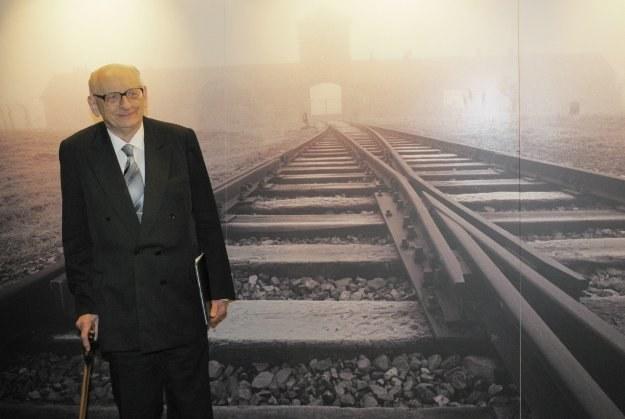 Władysław Bartoszewski trafił do Auschwitz po łapance na Żoliborzu /AFP