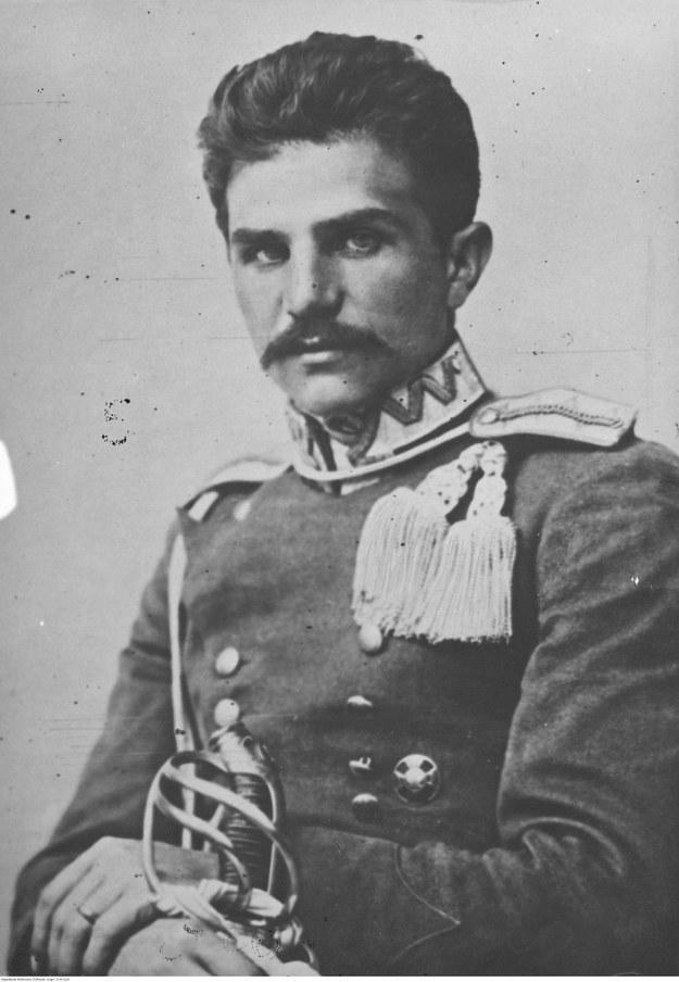 Władysław Belina-Prażmowski, dowódca 1 Pułku Ułanów Legionów Polskich - fotografia portretowa w mundurze galowym /Z archiwum Narodowego Archiwum Cyfrowego