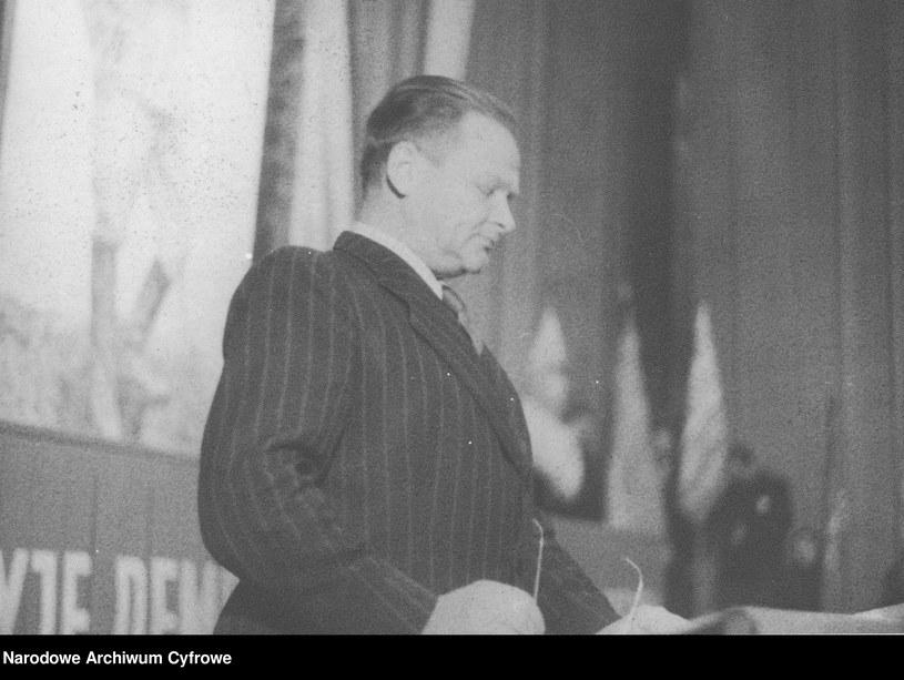 Władysław Broniewski w 1948 roku /Z archiwum Narodowego Archiwum Cyfrowego