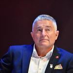 Władysław Frasyniuk o żołnierzach: Wataha psów, śmieci. Reakcja premiera i MON