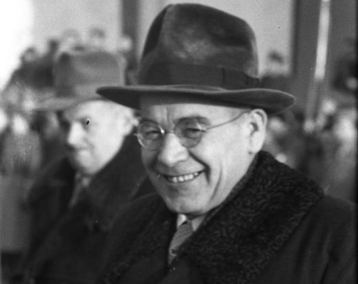 """Władysław Gomułka: """"Mamy władzę ludową, która strzeże czujnie zdobyczy socjalizmu"""" /Z archiwum Narodowego Archiwum Cyfrowego"""