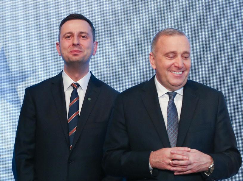 Władysław Kosiniak-Kamysz i Grzegorz Schetyna prowadzą rozmowy przed wyborami parlamentarnymi /Andrzej Iwańczuk /Reporter