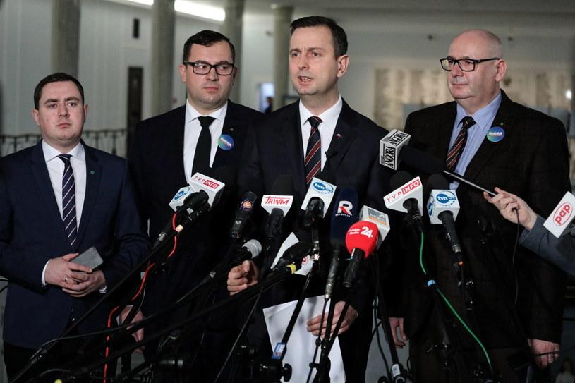 Władysław Kosiniak-Kamysz na konferencji prasowej w Sejmie. / Tomasz Gzell    /PAP