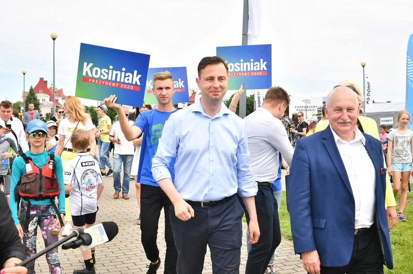 Władysław Kosiniak-Kamysz podczas spotkania z mieszkańcami Giżycka /Andrzej Lange /PAP