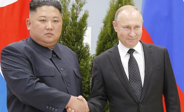Władywostok: Pierwsze osobiste spotkanie Władimira Putina z Kim Dzong Unem