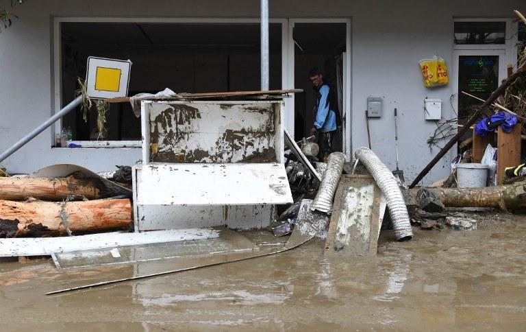 Władze Bawarii ogłosiły w środę w związku z powodzią stan klęski żywiołowej /AFP