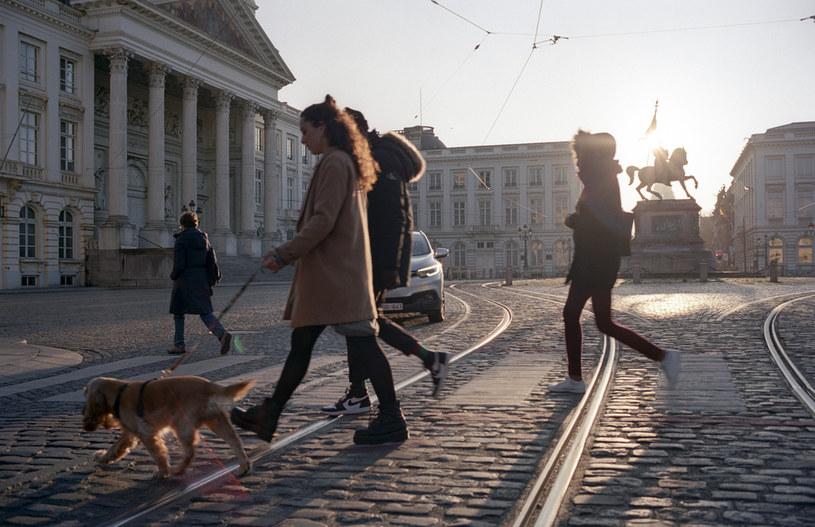 Władze Belgii podejmują decyzję o stopniowym znoszeniu restrykcji /Thierry Monasse /Getty Images