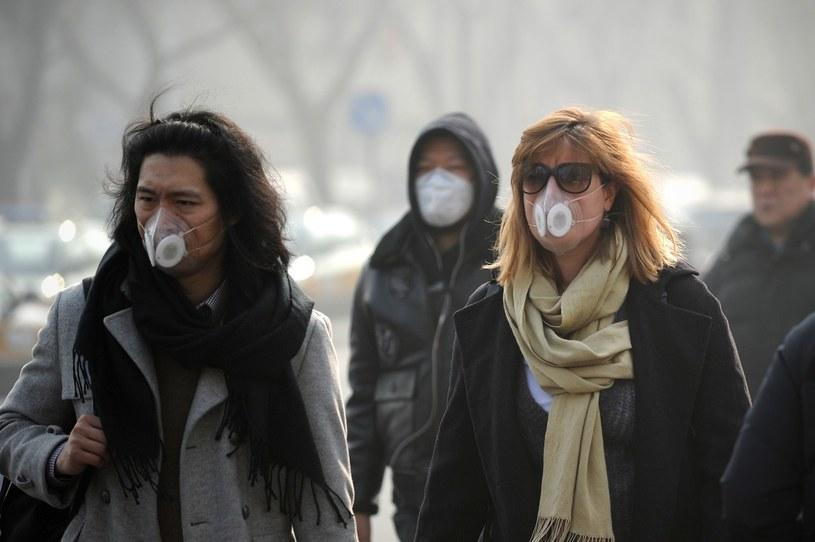 Władze Pekinu ogłosiły najwyższy stopień alertu przed zanieczyszczeniem /AFP