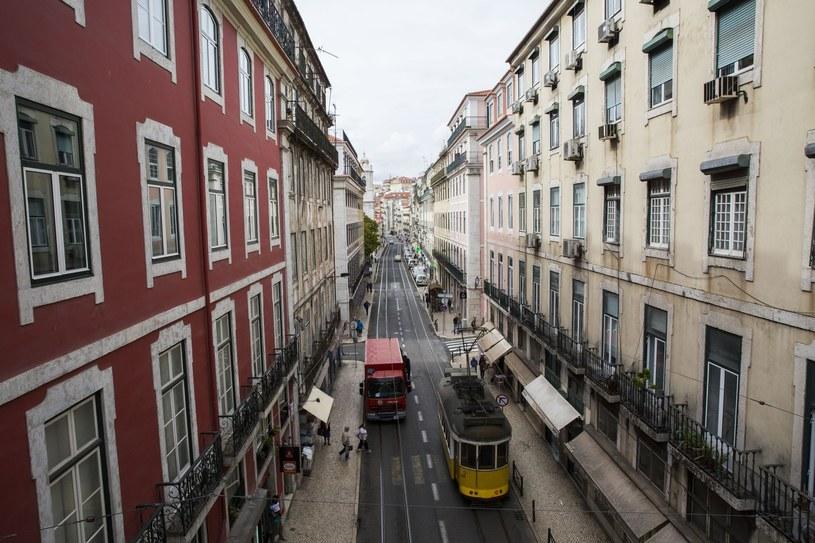 Władze Portugalii zamierzają wprowadzić obowiązkowe kontrole odporności budynków na trzęsienia ziemi /REX Shutterstock /East News