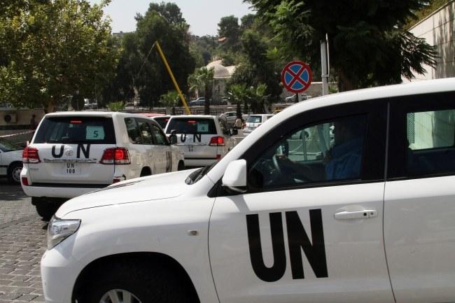 Władze Syrii dopiero w niedzielę zgodziły się, by inspektorzy ONZ zbadali ofiary ataku. /STR /PAP/EPA