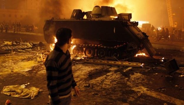 Władze wprowadziły godzinę policyjną w Kairze, Suezie i Aleksandrii /Agencja FORUM
