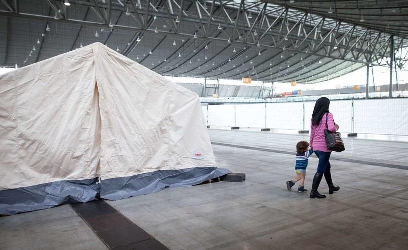 Władze wyasygnują 500 mln euro na budownictwo mieszkań dla uchodźców /AFP