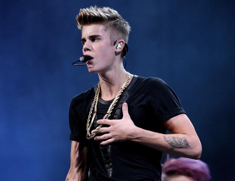 Włamano się na konto Justina Biebera na Twitterze. /AFP