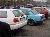 Właściciele samochodów są oburzeni bezsensownymi przepisami /RMF