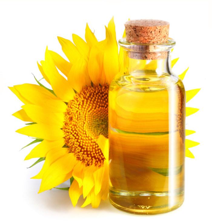 Właściwości olejku z witaminą E /© Photogenica