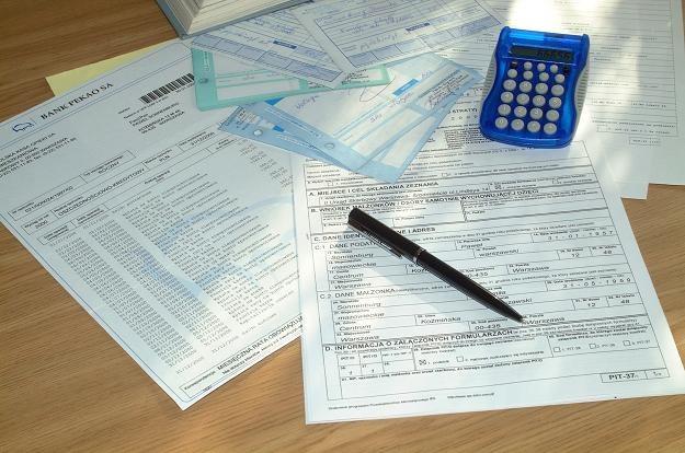 Właśnie upływają ostatnie minuty na przelew podatku /© Bauer