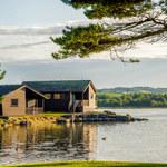 Własny domek mobilny nad jeziorem. Jak to zrobić?