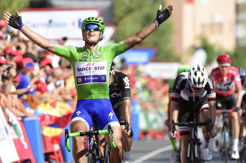 Włoch triumfuje na mecie /AFP