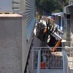 Włochy: Autobus wypadł z drogi na Capri. Jedna osoba nie żyje