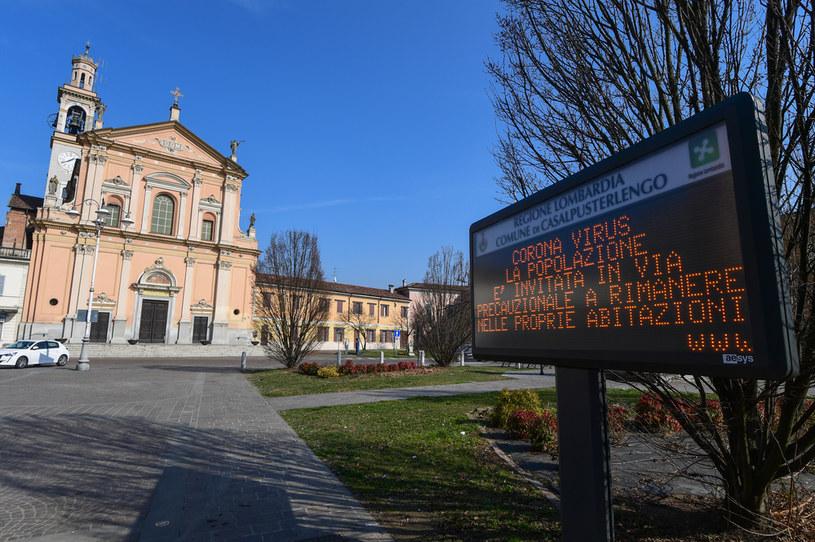 Włochy: Do 76 wzrosła liczba przypadków koronawirusa /MIGUEL MEDINA /AFP
