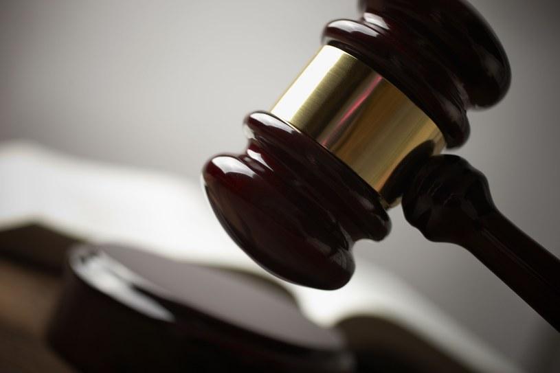 Włochy: Dorosły syn przegrał w sądzie proces z ojcem o kieszonkowe /© Panthermedia