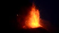 Włochy. Erupcja Etny